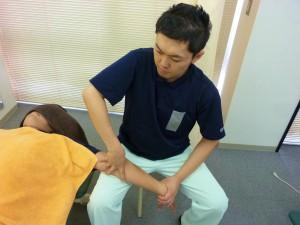腕のしびれの施術